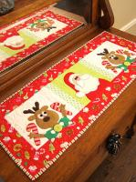 Those Silly Reindeer Table Runner Pattern CAM-570e