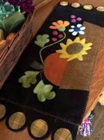 Fall Blooms Basket Penny Rug Pattern CAM-576e