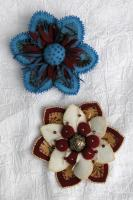 Bloom 'N' Berries Flower Pins Pattern DBM-1305
