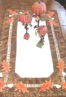 Acorn Hollow Table Topper Pattern PLD-543