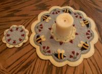 Bee My Honey Bee Penny Rug Candle Mat with Coaster Pattern PLP-144e