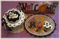 Happy Haunting Table/Wall Mat & Pincushion Pattern PLP-216e