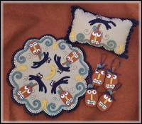 Mischief Night Candle Mat, Mini Pillow & Ornies Pattern PLP-238e