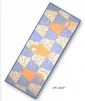 Tumbing Cats Table Runner QLD-226e