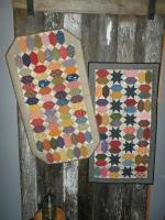 Paper Lanterns Table Runner Pattern SNG-256e